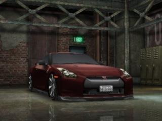 NISSAN GT-R (R35)買った